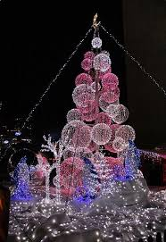 Outdoor Lighted Balls by 806 Best Light It Up Christmas Light Ideas For The Museum Images