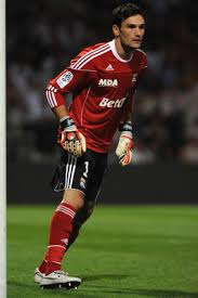hugo lloris of lyon