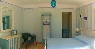 chambre d hote la desirade chambre la desirade chambres de courreges location de chambres