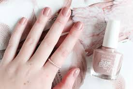maybelline super stay gel nail color in rose poudré a little soapbox