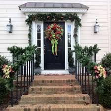 christmas porch decorations 46 beautiful christmas porch decorating ideas style estate