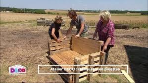 comment fabriquer un canapé en bois de palette fabriquer un banc en bois avec des palettes mzaol com