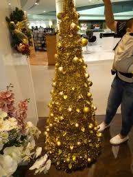 decorative christmas wreath u2013 elegant 18 u2033 christmas wreath in