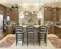 Decorating Above The Kitchen Cabinets W Kitchen Antiques - Decorating above kitchen cabinets
