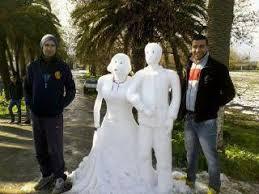 إبداعات الشبان الجزائريين في الثلج... Images?q=tbn:ANd9GcTqzkIlBIJwZAae6MZpQoQtqQhWQ5ch5pkuBGmb96W0ie8Iqkvj4A