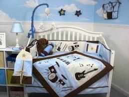 chambre bébé garçon déco chambre bébé garçon idées de linge de lit en 26 photos