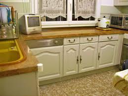repeindre meuble cuisine chene repeindre une cuisine en chene vernis 26723 sprint co