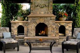 Outdoor Fireplaces And Fire Pits That Light Up The Night Diy 20 Cozy Outdoor Fireplaces Hgtv