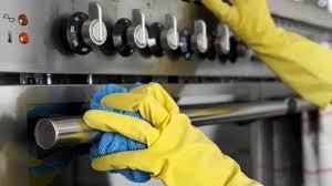 nettoyer la cuisine nettoyer sa cuisine comme une pro du sol au plafond