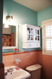 Two Tone Bathroom How To Tone Down Or Play Up Pink Vintage Bathroom Tile