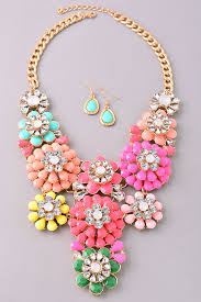 colored necklace set images Girly floral statement necklace set mid length jpg