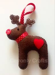 14 reindeer crafts for the to make this