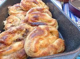 brouillon de cuisine cuisine bosniaque fresh la pita ou burek spécialité bosniaque