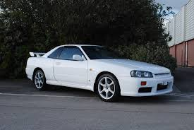 r34 i think the nissan skyline r34 gt t isnt getting that much love i