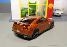 tomica nissan march 000000 jpg