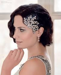 1920s hair accessories 1920s hair comb and a bob with finger waves for a retro gatsby look