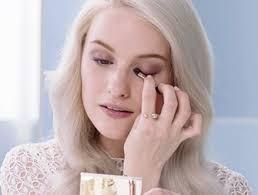 comment se maquiller pour un mariage réaliser un maquillage sophistiqué clarins school