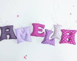 lettres pour chambre bébé guirlande prénom cadeau bébé personnalisé déco chambre bébé