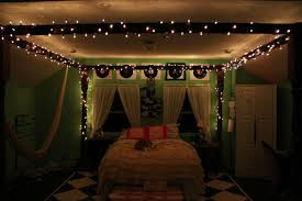 Christmas Light Decoration Ideas by Beautiful Christmas Bedroom Decorating Ideas Newhomesandrews Com