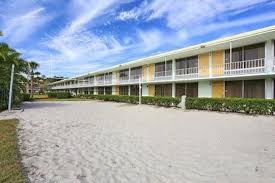 Comfort Suites Maingate East Seralago Hotel U0026 Suites Main Gate East 2017 Room Prices Deals