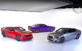 chrysler sports car chicago 2013 chrysler u0027s srt rolls out new super bee