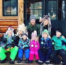 siblings kate hudson oliver hudson kids skiing