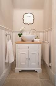 Cottage Bathrooms Pictures by Best 25 Bathroom Vanity Cabinets Ideas On Pinterest Vanity