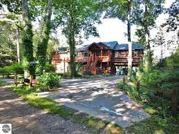 Cottages For Rent In Traverse City Mi by Lakefront Log Homes For Sale In Northern Michigan Northern