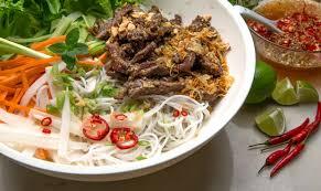 la cuisine vietnamienne vin et cuisine vietnamienne la feuille de vigne