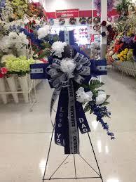 flowers dallas funeral flowers dallas 104 best cemetery arrangements images on