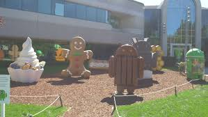 android statues mountain view september 2014 android statues at the googleplex