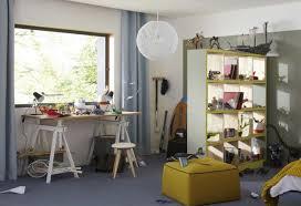 bureau avec treteau 39 idées déco de tréteaux pour créer une table ou un bureau