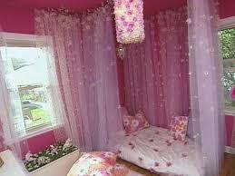 Diy Canopy Bed Diy Canopy Bed Diy Little Girl U0027s Floral Bedroom Cotcozy