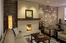 wohnzimmer dekorieren ideen natursteinwand im wohnzimmer beleuchtung deko idee wohnen