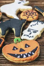 the 25 best recettes halloween biscuits ideas on pinterest
