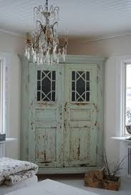 Upcycling Old Windows - 17 ways to repurpose old french doors home decor photo living