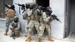 Wohnzimmerm El Systeme Us Infanterie Will Drohnenschwärme Für Den Straßenkampf Heise Online