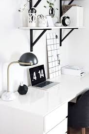 Black And White Home Office Decorating Ideas by Black And White Office Decor With Ideas Hd Images 9452 Kaajmaaja