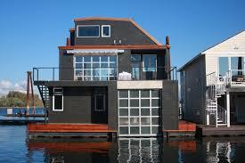 floating houses columbia ridge marina a floating home community