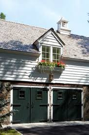 Cottage Style Garage Doors by Cedar Shake I Wish My Garage Looked Like This Garage Doors