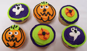 Halloween Cupcakes Cakes by Holiday Cakes 2 Halloween St Patrick Patriotic Thanksgiving