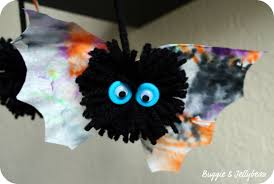 Halloween Bat Crafts by Buggie And Jellybean Its Getting