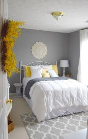 Bedroom With Grey Curtains Decor Bedroom Orations Paint Orating Yellow Furnishing White Curtains