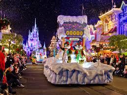 disney world thanksgiving mickey u0027s once upon a christmastime parade photos disney tourist blog