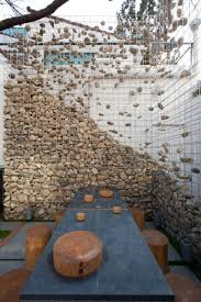 stone walls and gabion stone fences a stylish alternative for stone walls designrulz 17