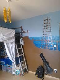 deco chambre pirate décoration chambre pirate pour mon fils marcelyn