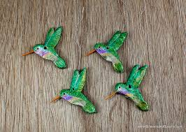 make pretty hummingbird ornaments for your tree using