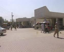 di khan three included 2 women killed in car bike crash samaa tv