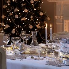 Christmas Tabletop Decoration Ideas by 50 Stunning Christmas Table Settings U2014 Style Estate