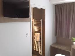 mobilier chambre hotel ecran plat mobilier chambre picture of inter hotel marytel